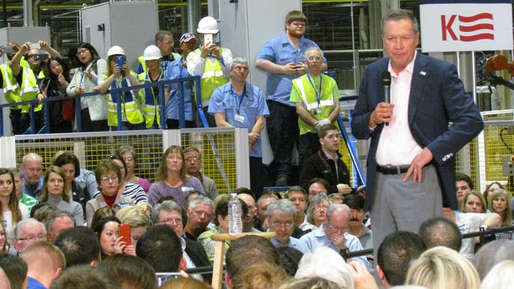 Ohio Gov. John Kasich made a campaign stop at the Fuyao Glass America Inc. plant in Moraine Friday.