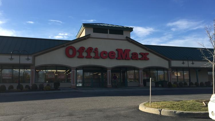 Officemax Closing Store In Saratoga County Town Of Halfmoon Albany