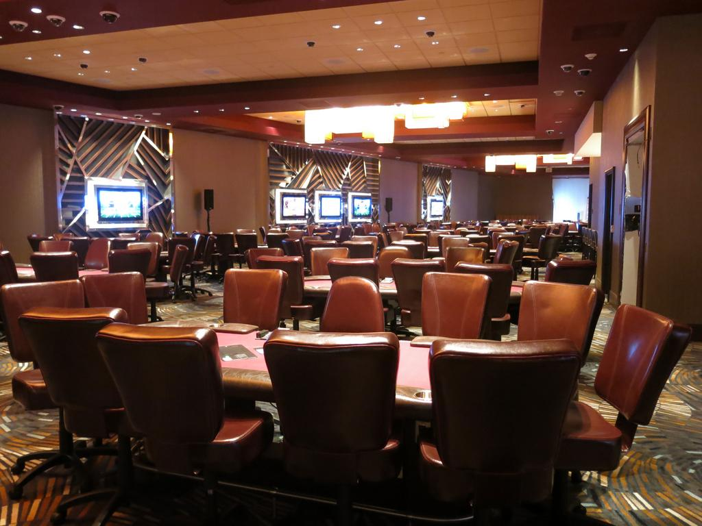Elegant Maryland Liveu0027s Poker Room Includes 52 Tables.