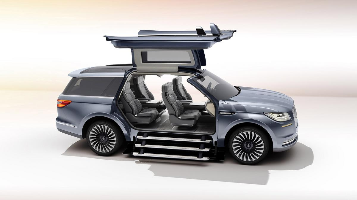 New Lincoln Navigator concept vehicle has gullwing doors ...