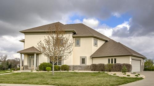 Incredible Lakefront Home Just Listed!