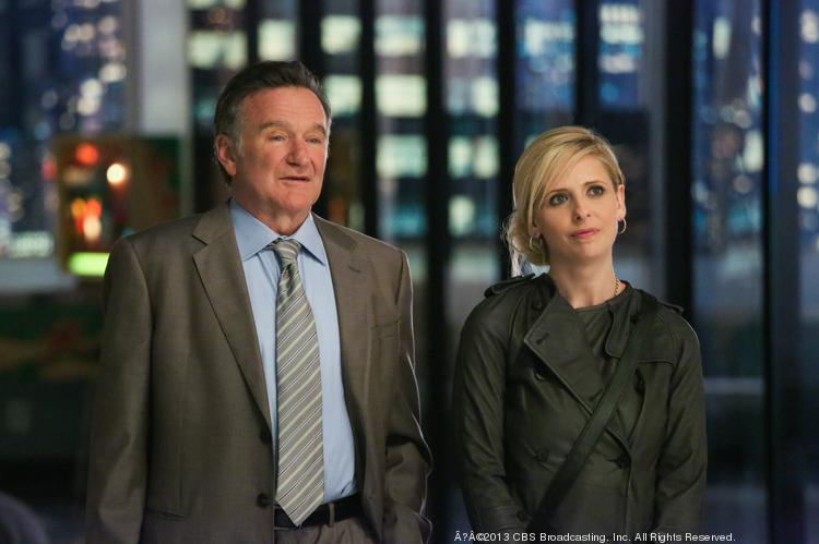 """The ratings for the new CBS comedy series """"The Crazy Ones,"""" starring Robin Williams and Sarah Michelle Gellar, continue to erode in Chicago."""