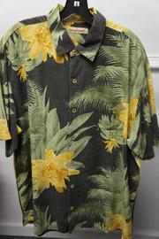 Burn Notice green yellow shirt