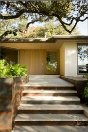 The Barranca residence was originally built in the 1960s and was re-envisioned with a modern, approachable appeal.