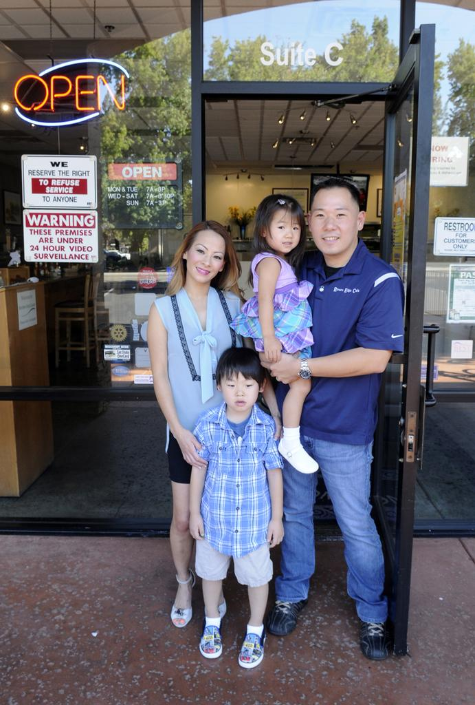 Shannen and Tony Park own Rivers Edge Cafe & Espresso and often promote their business on Facebook with cute pictures of their two kids.