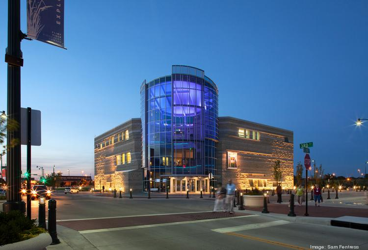 McCownGordon completed a $24.5 million portion of the $108 million Flint Hills Discovery Center in Manhattan in 2012.