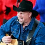 <strong>Garth</strong> <strong>Brooks</strong> plans first Ryman concert to promote new venture