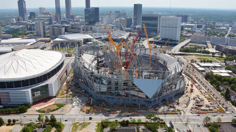 Officials mercedes benz stadium cost rises to 1 6 for Who owns mercedes benz stadium