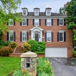 Home of the Day: Elegant Colonial in Avenel