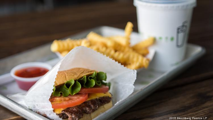 Shake Shack Ups Expansion Plan As Sales Spike On Chicken Sandwich
