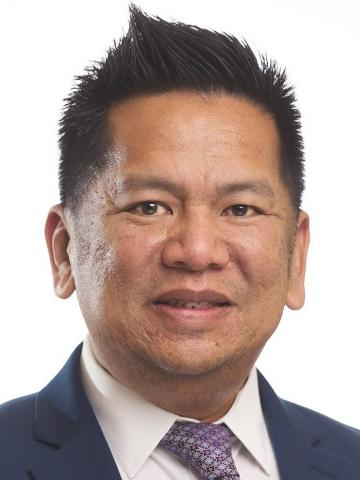 Ireneo Mendoza, Silicon Valley regional vice president of Robert Half, a recruiting firm that specializes in white collar occupations.