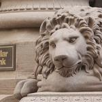 Dollar Bank bucks trend by remaining privately held