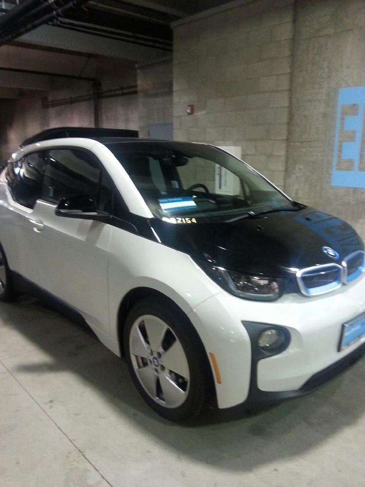 Bmw Wins Contract To Supply With Lapd Electric Cars L A Biz