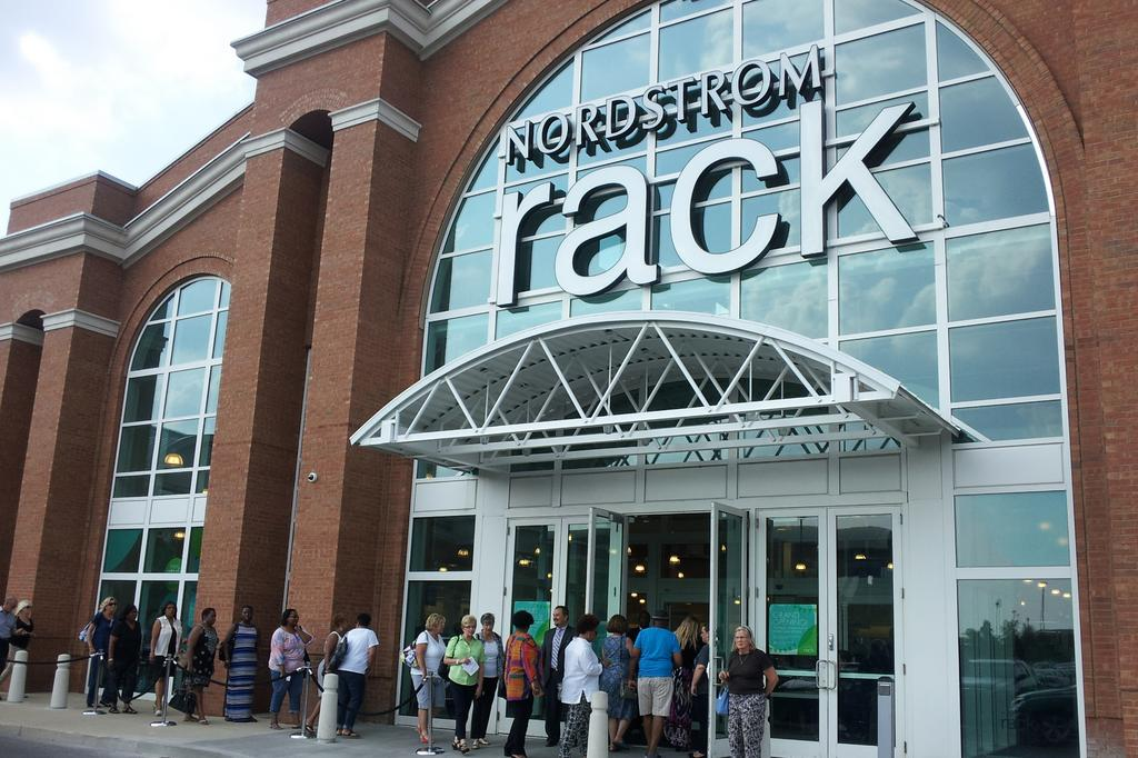 265bc75eedf Nordstrom Rack at Easton Town Center bringing discount option for ...