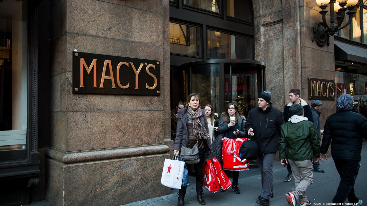 Macy's averts N Y C  strike as retail union reaches tentative deal