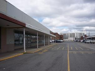 A lease has been signed to fill the former Save-A-Lot at 100 Broadway, in the Mid-City Shopping Center in Menands.