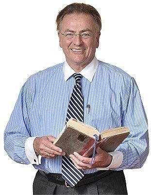 "Richard Enemark, headmaster of the Doane Stuart School, says he has read ""War and Peace"" at least 20 times."