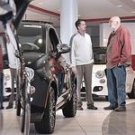 Sonic Automotive CFO Dave <strong>Cosper</strong> to retire