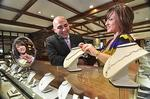 Jewelry sales surge as retailers enter holiday shopping season