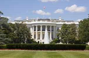 The White House budget office on Thursday reported the federal government had reduced contract spending by 4 percent in the past fiscal year, an accomplishment that it said was the largest drop for a single cycle on record.