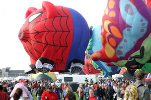 The city of Albuquerque has finalized a contract that will keep the Albuquerque International Balloon Fiesta at Balloon Fiesta Park for 15 more years.