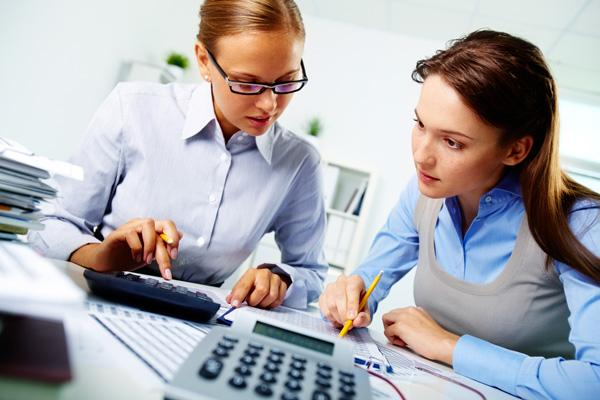 Accountants and auditors Projected growth rate:  10 to 19 percent 2010 Median Pay:  $55,000 to $74,999