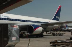 Delta Air Lines Inc. is considering purchasing an oil refinery. Delta would pay between $100 million and $150 million for the refinery, currently owned by ConocoPhillips.