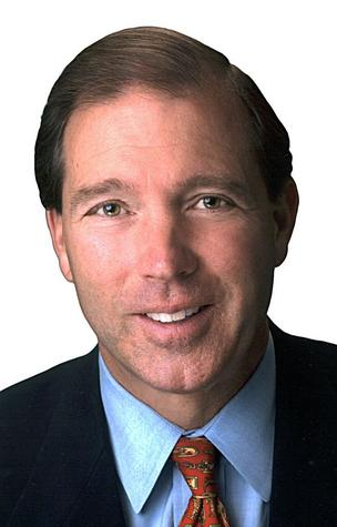 Sen. Tom Udall is proposing a bill that would increase the Small Business Administration's government wide small business contracting level from 23 to 25 percent.