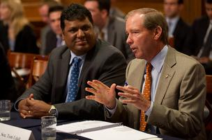 SonicSEO President and Founder Arvind Raichur, left, with U.S. Senator Tom Udall (D-NM) at the Democratic Steering Committee meeting today.