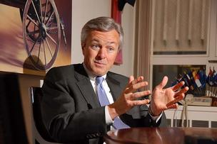 wells fargo ceo john stumpf market cap bank investors