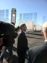 U.S. Energy Secretary Chu tours Sandia National Laboratories