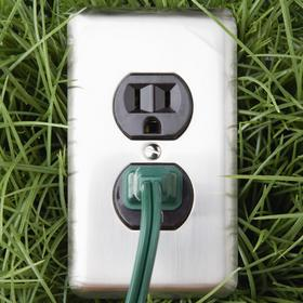 Evatran LLC is developing charging stations that don't need plugs.