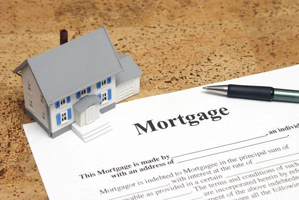 The average mortgage loan debt being carried by Albuquerque's consumers fell $5,526 in January, as compared to one year ago.