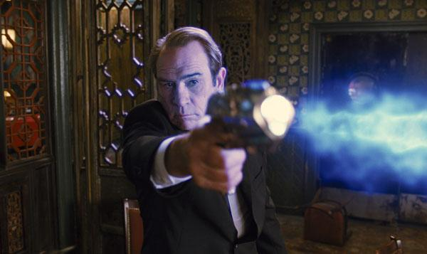 "Tommy Lee Jones, shown here in ""Men in Black,"" will return to New Mexico to direct the new film ""The Homesman."""
