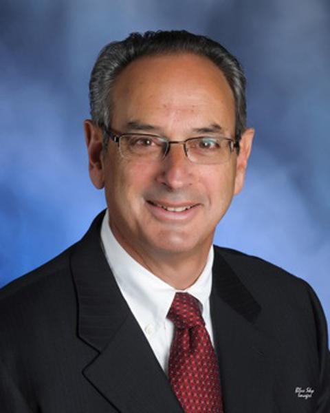 Lovelace CEO Ron Stern, pictured, has extended an offer for Lovelace to enter into a bed-sharing agreement with the University of New Mexico Hospital as an alternative to UNM building a new $146 million hospital.