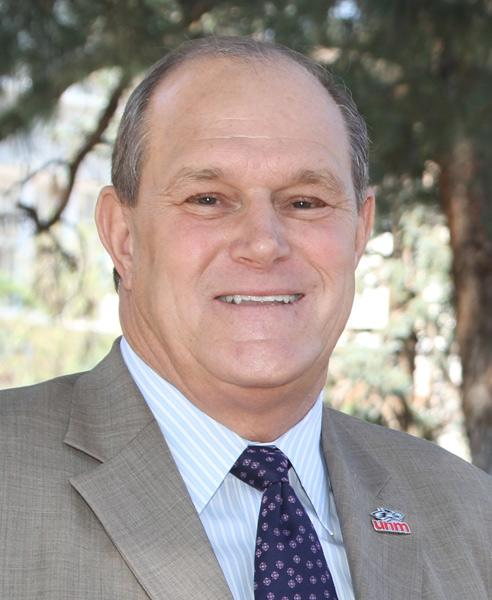 """The Mind Research Network and UNM will study more than 200 UNM athletes to see how their brains change as a result of concussions and injuries. UNM President Bob Frank, pictured, said the study could be a """"game changer"""" for treating injuries."""