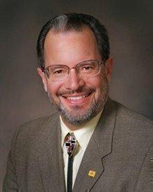 Dr. Alfredo Vigil