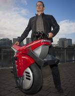 Ryno closes in on funding, production of one-wheeled EV