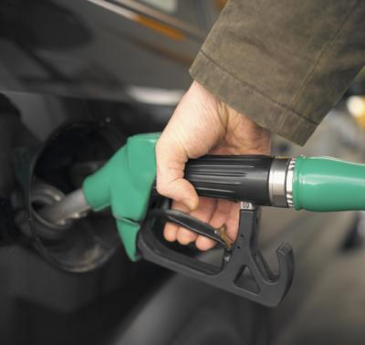 Nashville gas prices dropped 4 cents over the last week, according to AAA's Fuel Gauge Report.