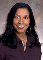 <strong>Lisa</strong> <strong>Flowers</strong> receives Latino Health Excellence Award