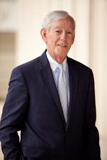 Oxford Industries CEO J. Hicks <strong>Lanier</strong> retiring