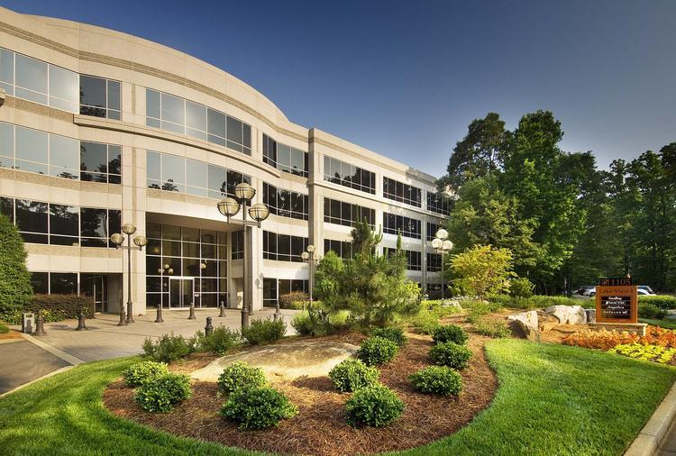 Ernst & Young will house a global IT center in Sanctuary Park, about 25 miles north of Atlanta in the booming  technology market of Alpharetta.
