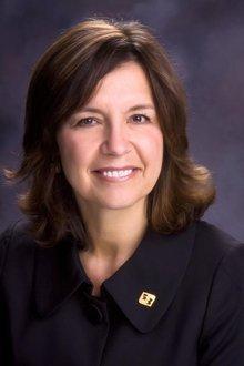 Jennifer Castanet