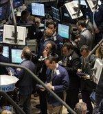 Dow plummets 400 points as global fears sock market