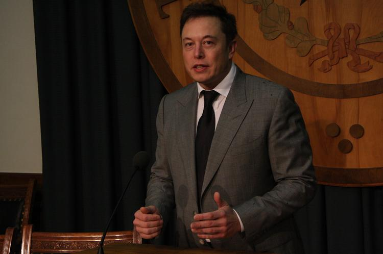 Elon Musk hopes Texas lawmakers will allow him to sell Tesla cars directly to consumers rather than via dealerships.