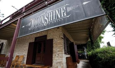 Moonshine Patio Bar & Grill is the lone restaurant bar to make Urbanspoon's most popular list.