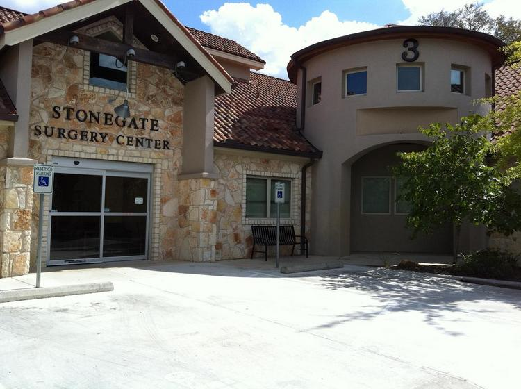 Tampa, Fla.-based real estate investment trust Carter Validus Mission Critical REIT Inc. has purchased the Stonegate Medical Center in Austin for $9.1 million.