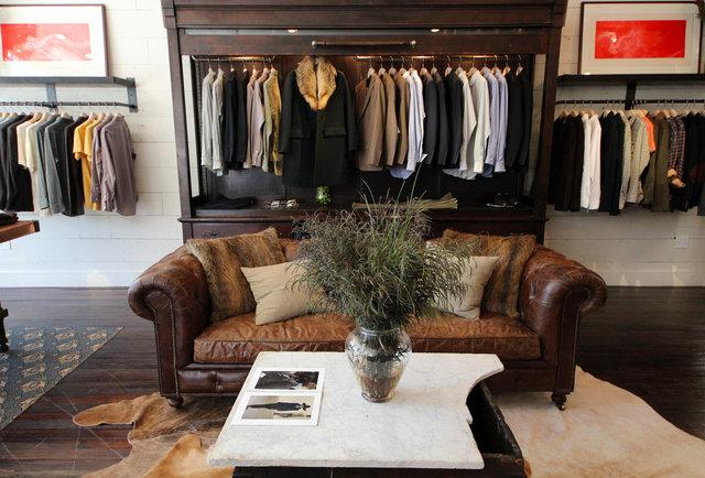 Billy Reid is opening a 2,000-square-foot boutique on West Sixth Street this fall.