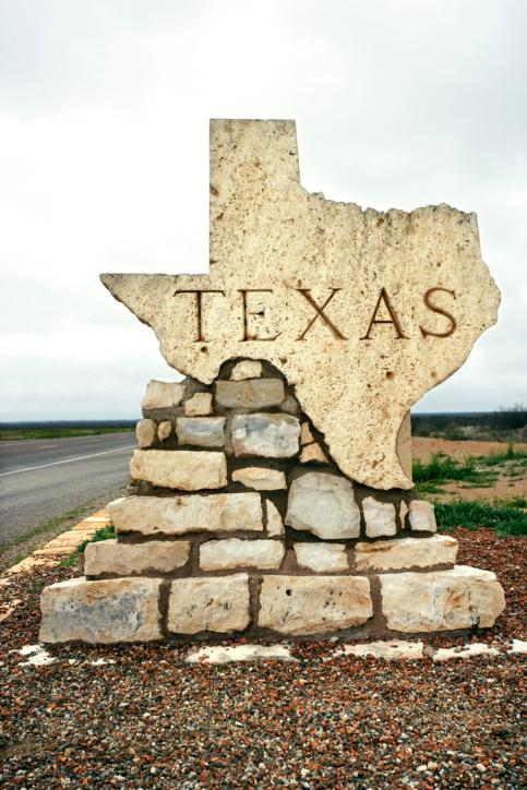 Texas tops the list of nine states and the District of Columbia that have regained all of the jobs they lost during the recession, a new analysis shows.
