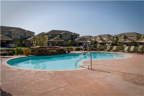 The Links at Forest Creek, a 152-unit apartment complex in Round Rock, has been purchased by a California-based buyer.